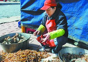 买螃蟹皮筋一斤重
